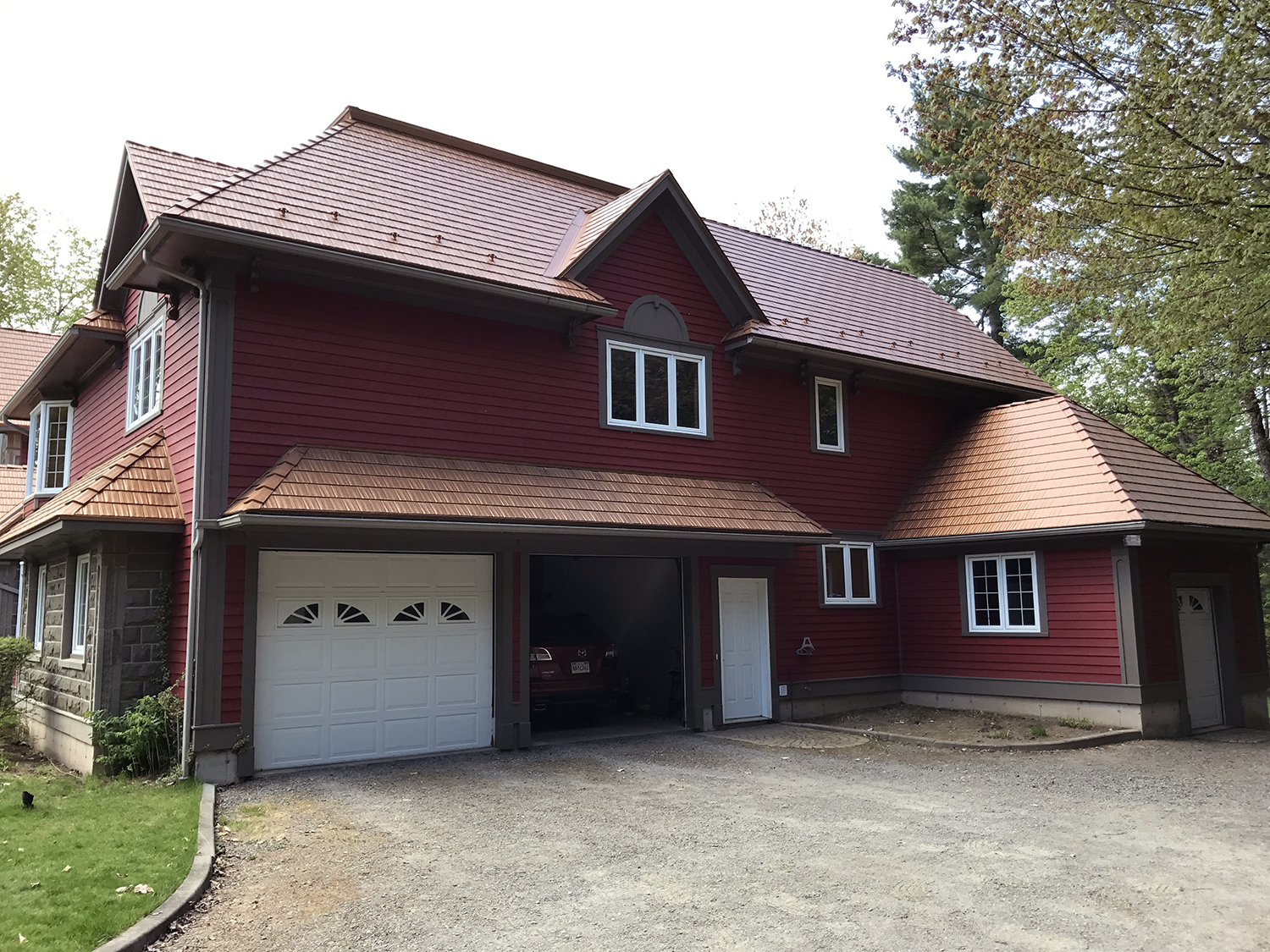 NBMP-16-033-Hanwell-NB-Canada-Aged-Copper-Interlock-Cedar-Shingle-Roof-08