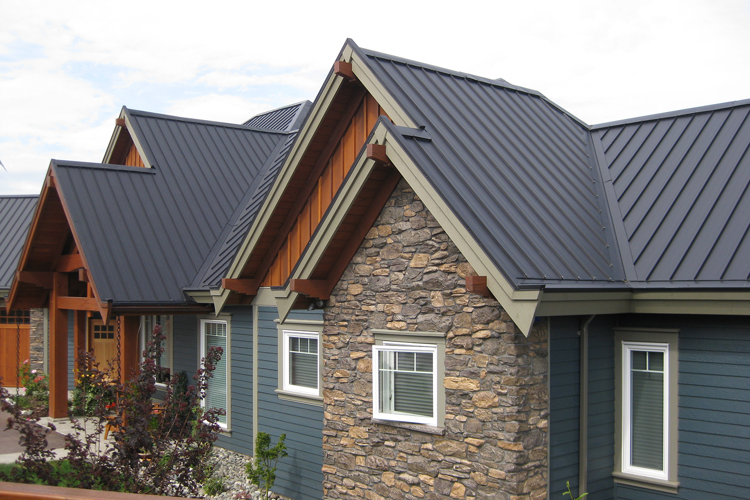 charcoal standing seam roof campbell river
