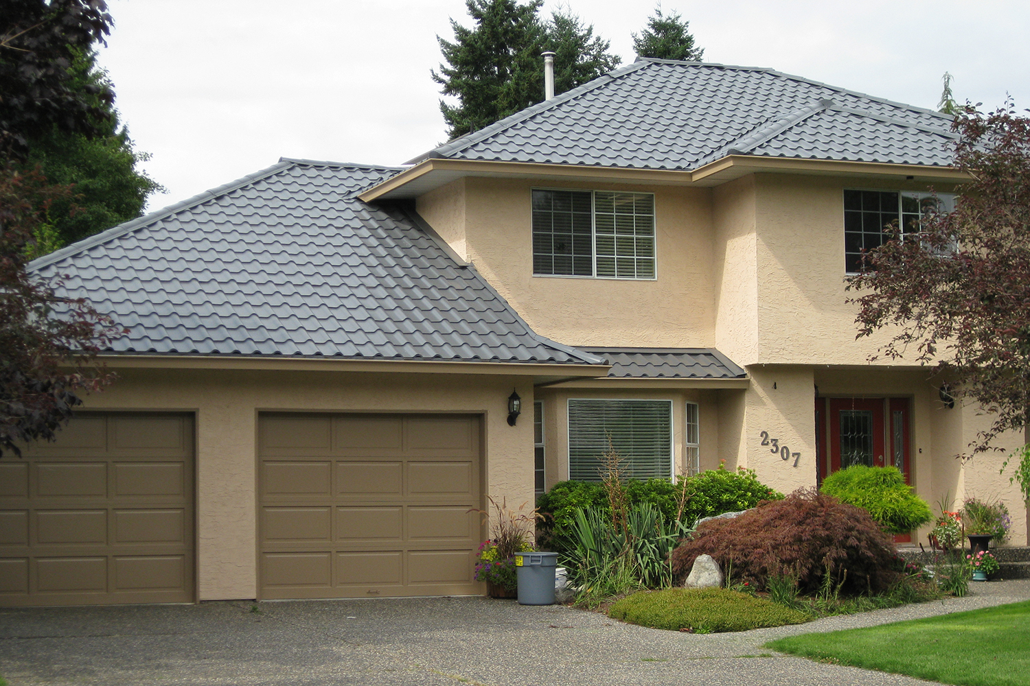 Interlock 174 Tile Roof System 187 Your Next Roof